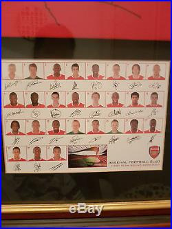 100% GENUINE 2006/07 ARSENAL SIGNED SHIRT FRAMED With CERTIFICATE OF AUTHENTICITY