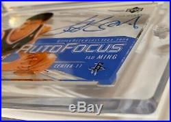 2003-04 Ud Glass Yao Ming Authentic Signatures Auto Signed Sp Card Rockets China
