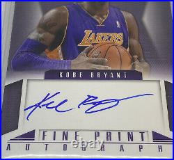 2012-13 Panini Innovation Kobe Bryant ON CARD Autograph BGS 8.5 with10 Auto Signed