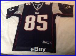 Aaron Hernandez Autographed Signed Rookie Year #85 Jersey NFL patriots