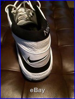 Dikembe Mutombo Game Worn Philadelphia 76ers Game Worn & Signed Single Shoe HOF