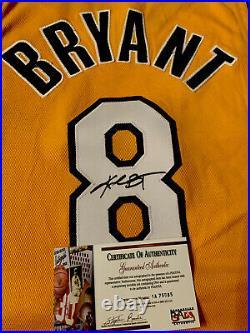 KOBE BRYANT LA Lakers Signed Autographed RARE AUTHENTIC Jersey #8 PSA/DNA