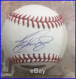 Ken Griffey Jr Hof Genuine Signed Bold N/mint Major League Baseball / Upper Deck