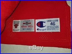 MICHAEL JORDAN SIGNED RED CHICAGO BULLS 95/96 CHAMPION PRO CUT JERSEY UDA WithBOX
