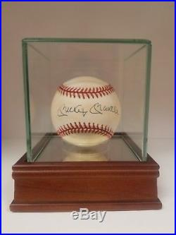 Mickey Mantle Signed Autographed Baseball With Case