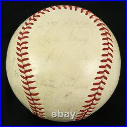 Roberto Clemente Signed 1967 Pittsburgh Pirates Team Baseball Jsa Loa Autograph