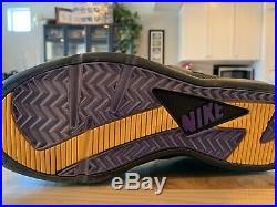 Signed Game Worn Used Kobe Bryant Shoe #8 Nike Air Huarache 2003-2004 Season