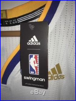 Stephen Curry Signed Warriors NBA Finals Trophy Swingman Auto Jersey (FANATICS)