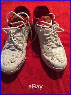 Yadier Molina signed game used cleats with Game Used inscription Beckett